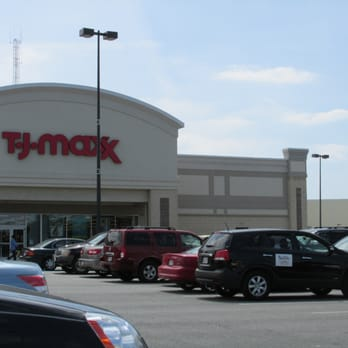 Tj Maxx Closed 19 Reviews Discount Store 1060 Brentwood Rd