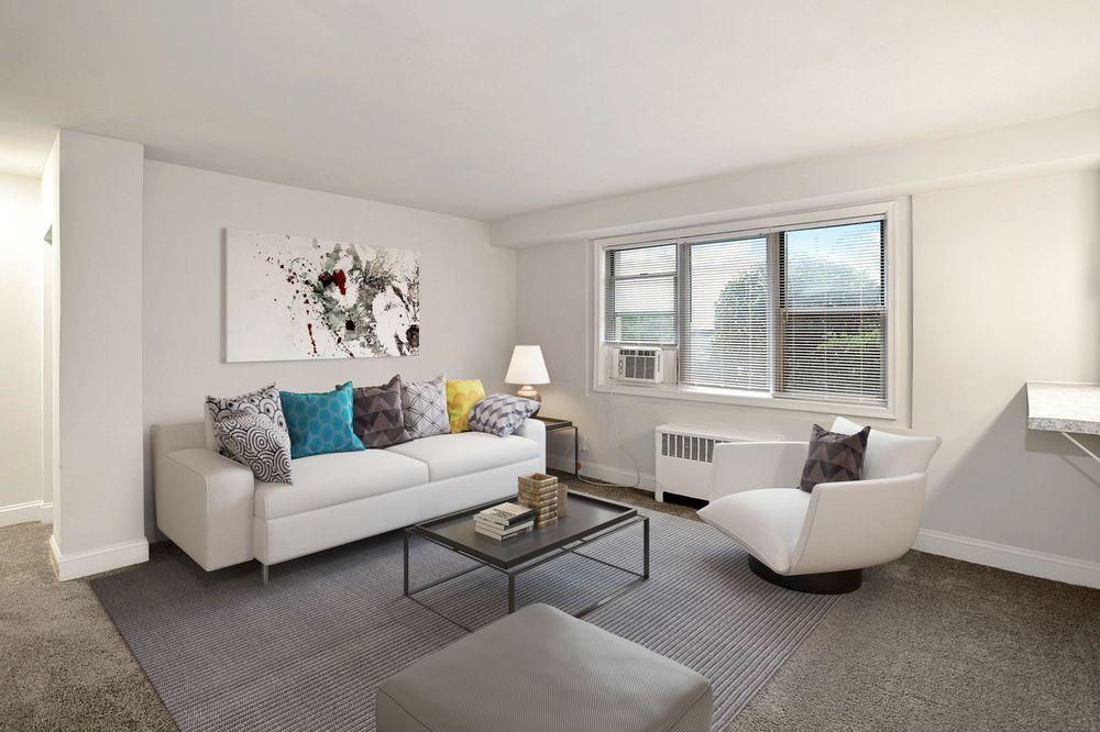 Courtyard Park Apartments: 4203 Oglethorpe St, Hyattsville, MD