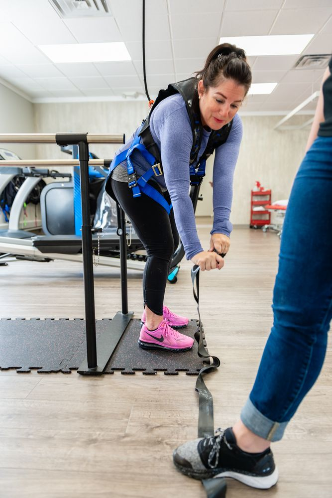 Empower Physical Therapy And Fitness - Long Lake: 53 W Long Lake Rd, Bloomfield Hills, MI
