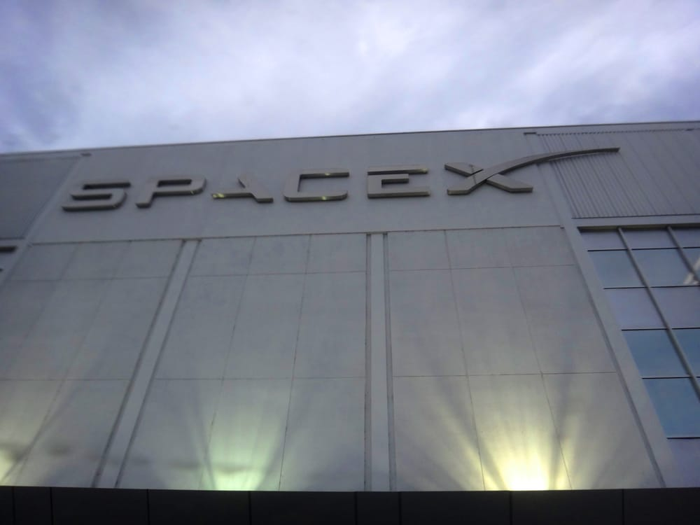 spacex hawthorne layoffs - 1000×750