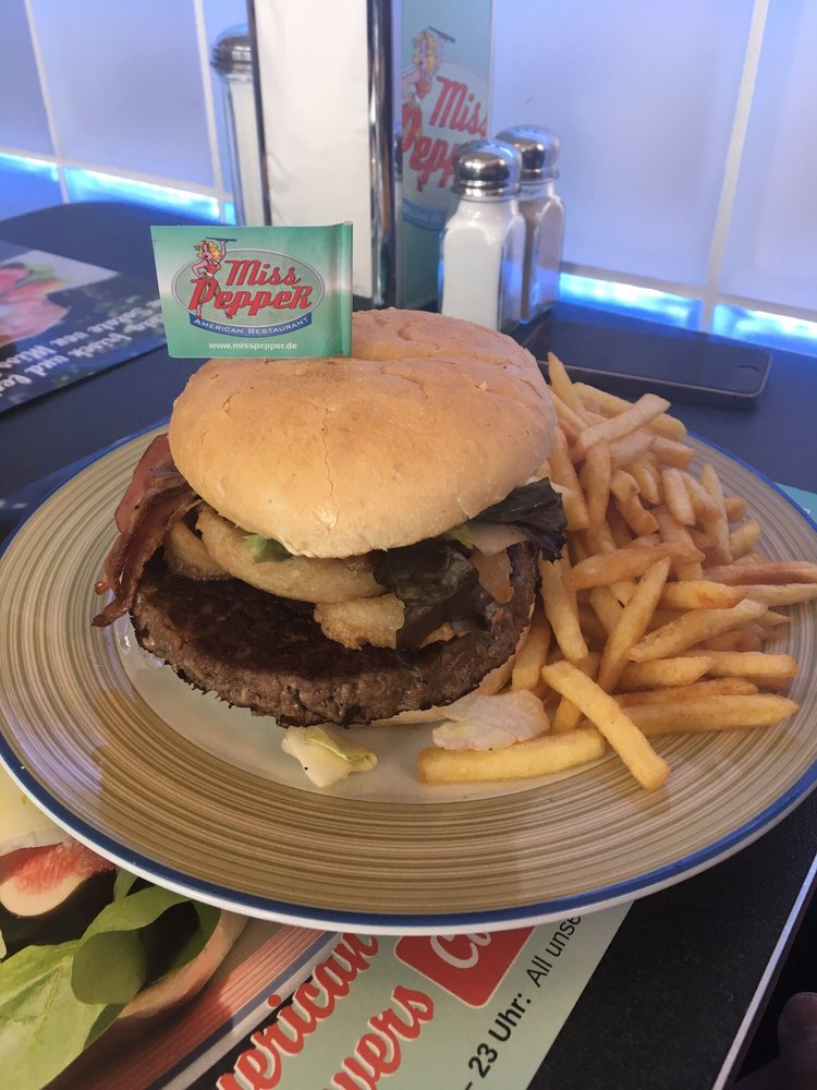 miss pepper burgers alexander bell str 39 bornheim nordrhein westfalen germany. Black Bedroom Furniture Sets. Home Design Ideas