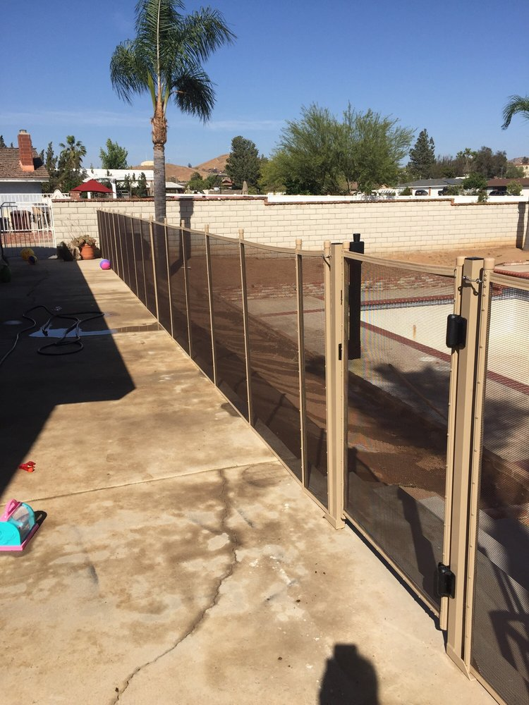 Love This Color Sand And Dark Brown Screen! This Is A 4ft