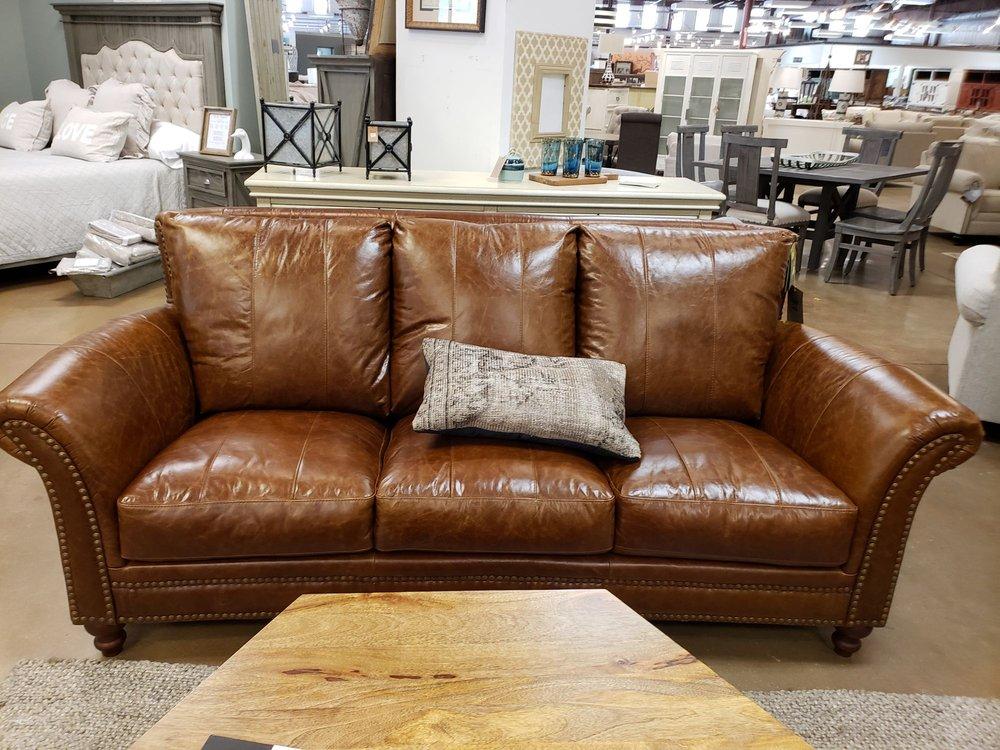 Alabama Furniture Market: 10 Commercial Park Dr, Calera, AL