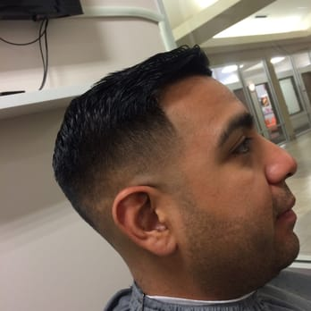 Model The Barber  Austin TX United States Crispy Edge Up