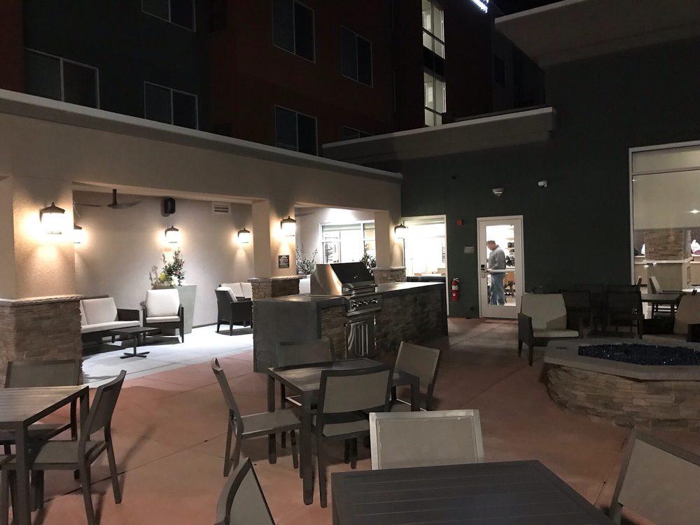 Residence Inn by Marriott - Modesto North: 2901 Healthcare Way, Modesto, CA