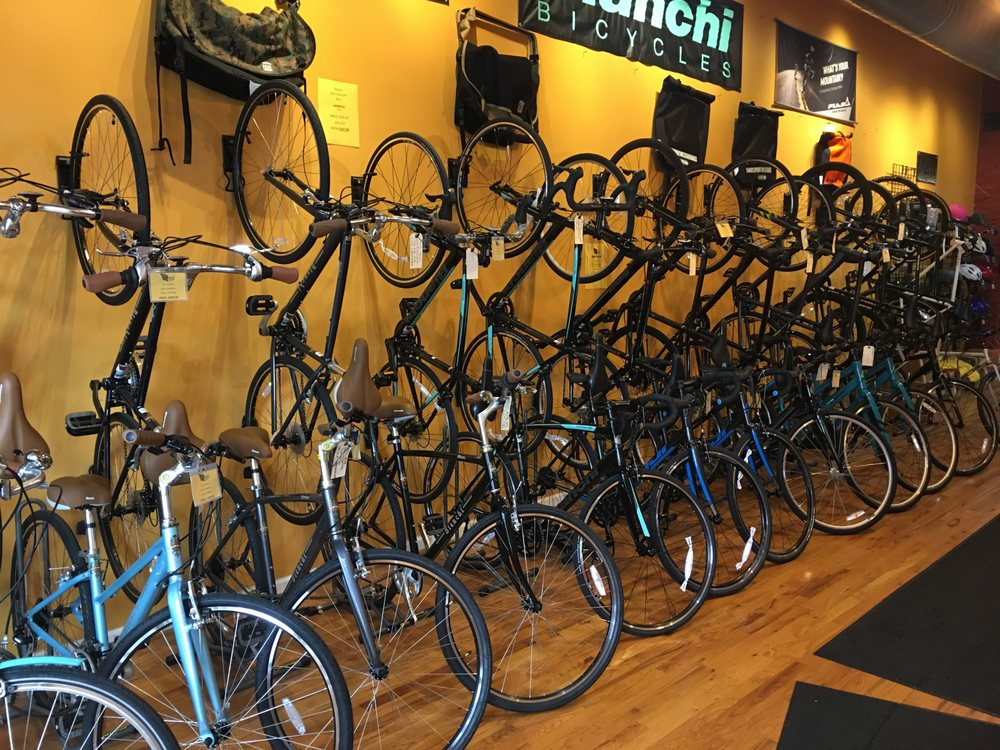 Rollin Cycles Bicycle Shop
