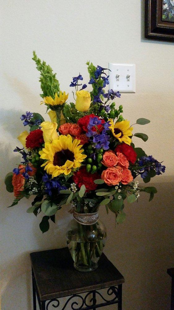 Weidners Flowers: 105-B IH35 S, New Braunfels, TX