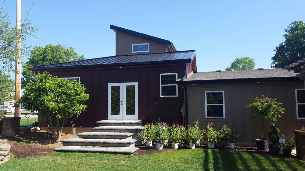 Vogel's Florist & Greenhouse: 359 E 6th St, Rushville, IN