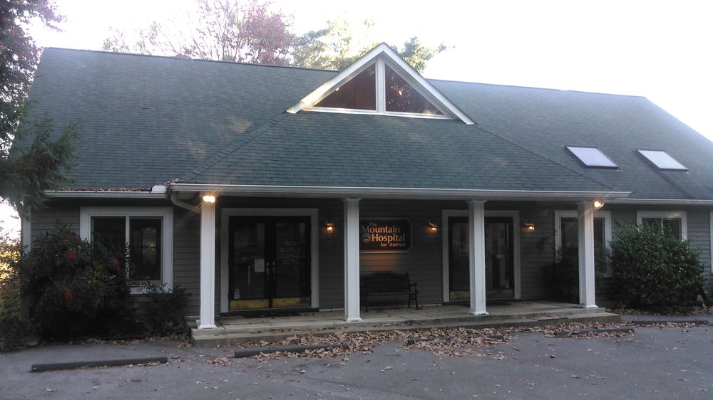 The Mountain Hospital For Animals: 128 N Watauga Ln, Lookout Mountain, TN