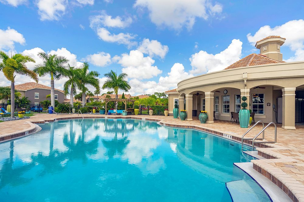 Lakes of Tuscana Apartments: 24001 Madaca Ln, Port Charlotte, FL