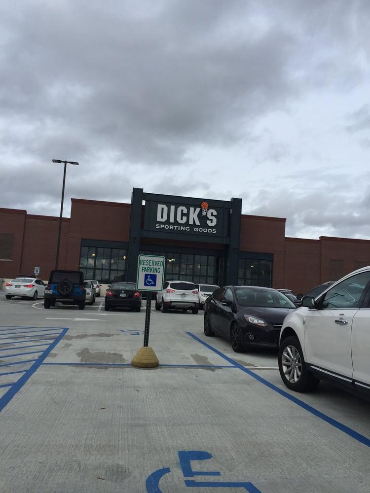 DICK'S Sporting Goods: 5700 Deerfield Blvd, Mason, OH