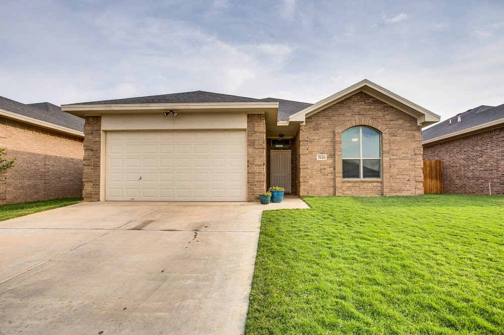 Trisha Lauer - Amy Tapp Realty: 12402 Slide Rd, Lubbock, TX