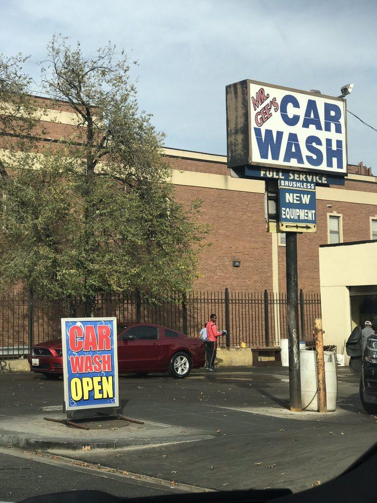 Mr Gee's Car-Van Wash