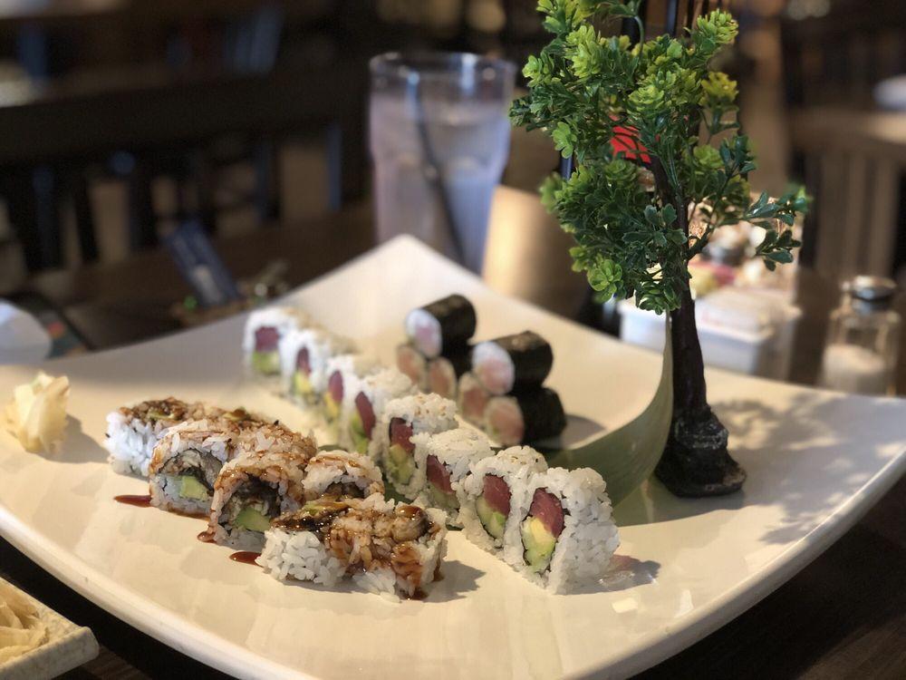 Sapporo Japanese Sushi Restaurant: 8065 E Peachtree Ln, Wichita, KS
