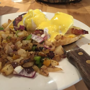 Photo Of Country Kitchen Santa Monica Ca United States Sunrise Eggs Benedict
