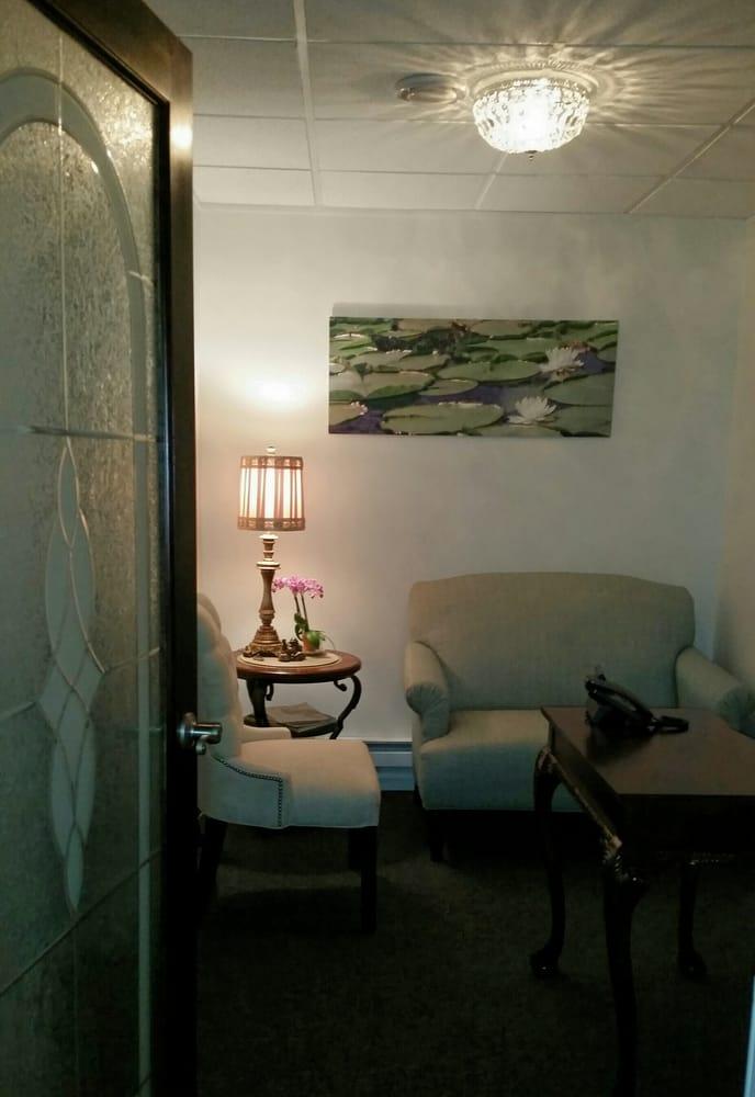Teatree Massage Boutique: 75 W Long Lake Rd, Bloomfield Hills, MI