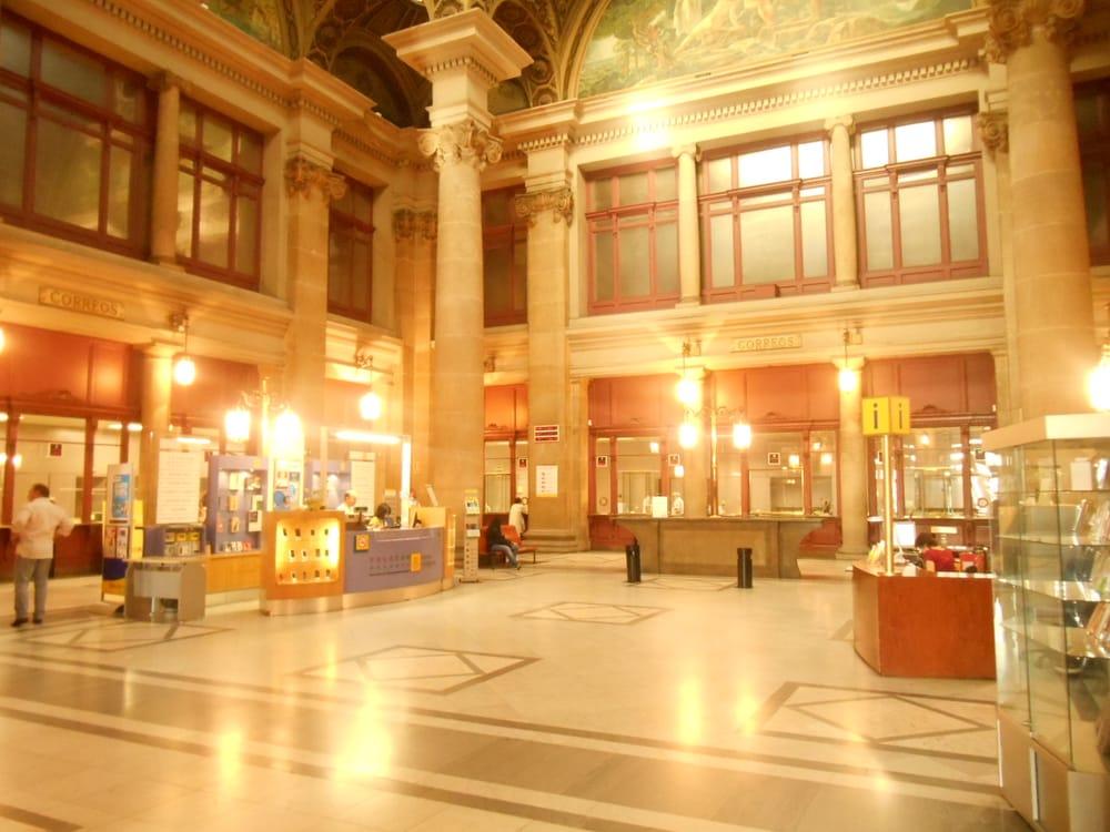 Fotos de oficina de correos yelp for Oficina correus barcelona