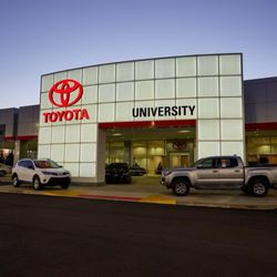 University Of Toyota >> University Toyota 15 Photos 21 Reviews Car Dealers