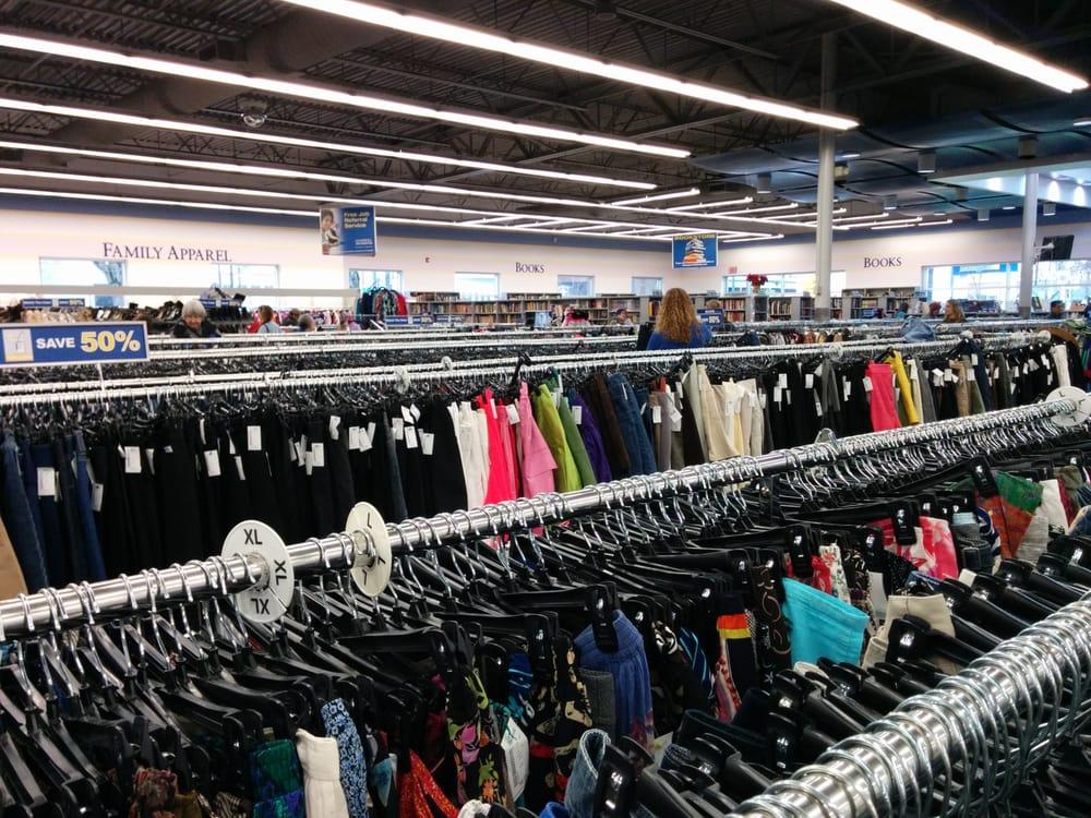 northeast portland goodwill store - 1000×750