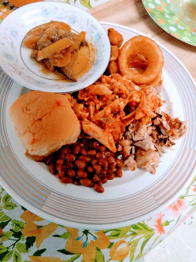 Wholy Smoke Family Restaurant: 447 W Butler Rd, Mauldin, SC