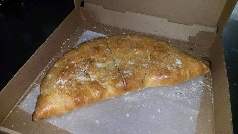 Alfredo's Pizza: 1100 Main St, Rainelle, WV