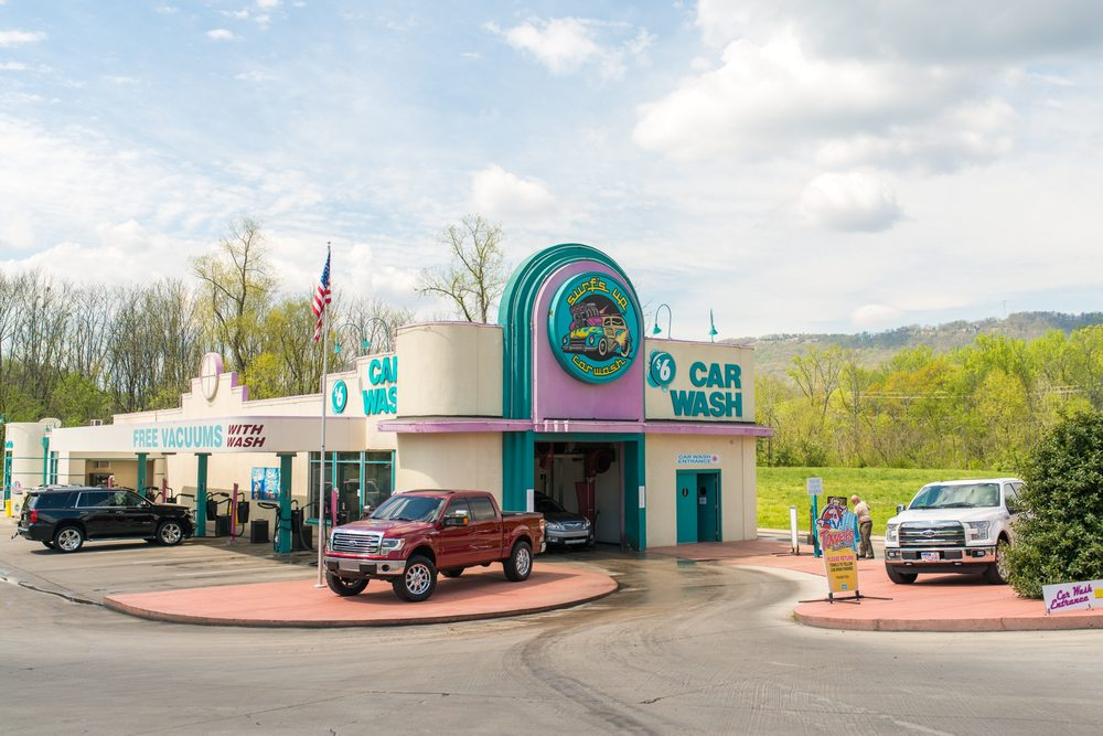 Surfs Up Car Wash - Chattanooga: 407 Signal Mountain Rd, Chattanooga, TN