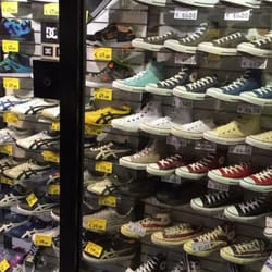 negozi scarpe nike via torino