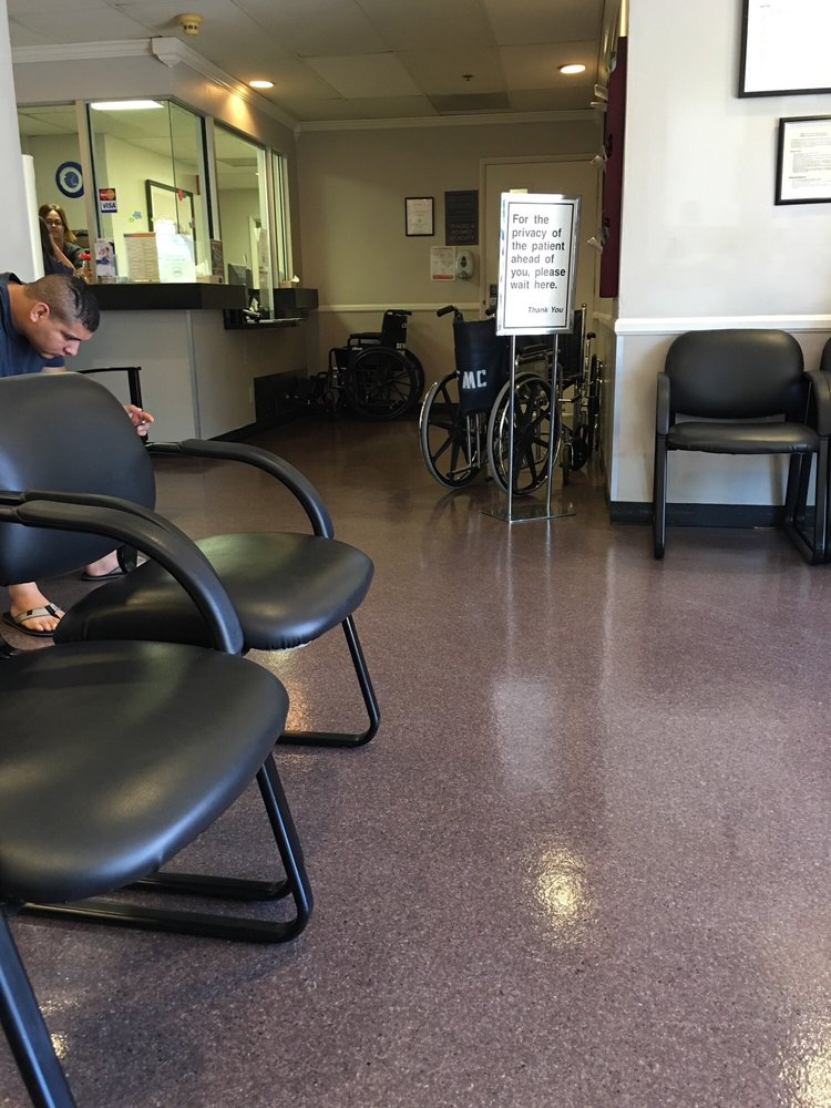 Waiting room at urgent care yelp for Family motors bakersfield ca