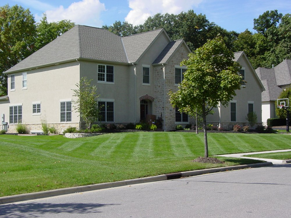 Ryan's Landscape Maintenance: Delaware, OH