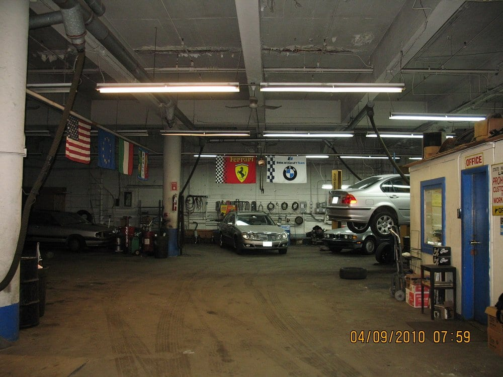 Benny S Foreign Motor Service Auto Repair Chiuso