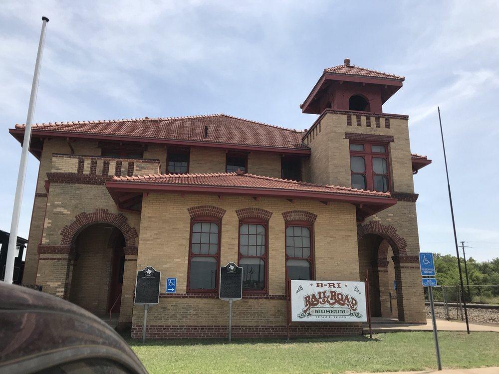 Photo of B-RI Railroad Museum: Teague, TX