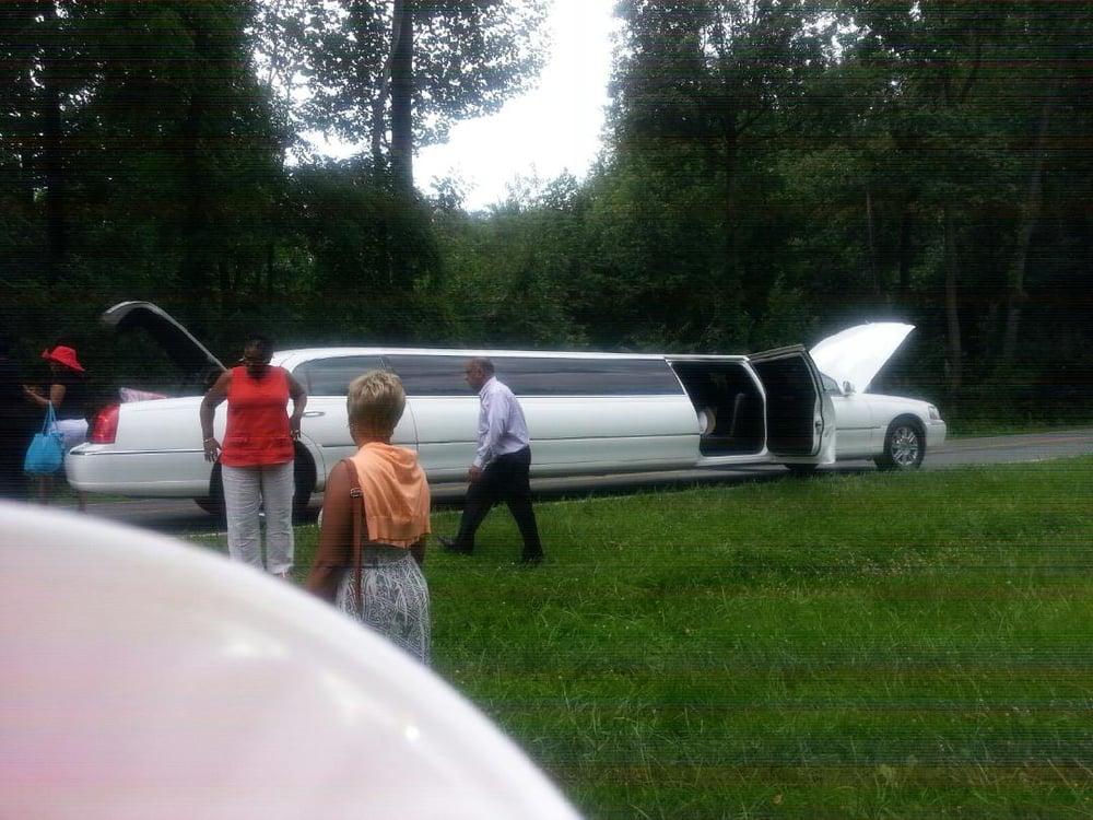 Atlas Limousine & Sedan: 13062 Hunterbrook Dr, Woodbridge, VA