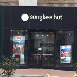 29ca25a496 Sunglass Hut - Sunglasses - 3135 Avalon Blvd