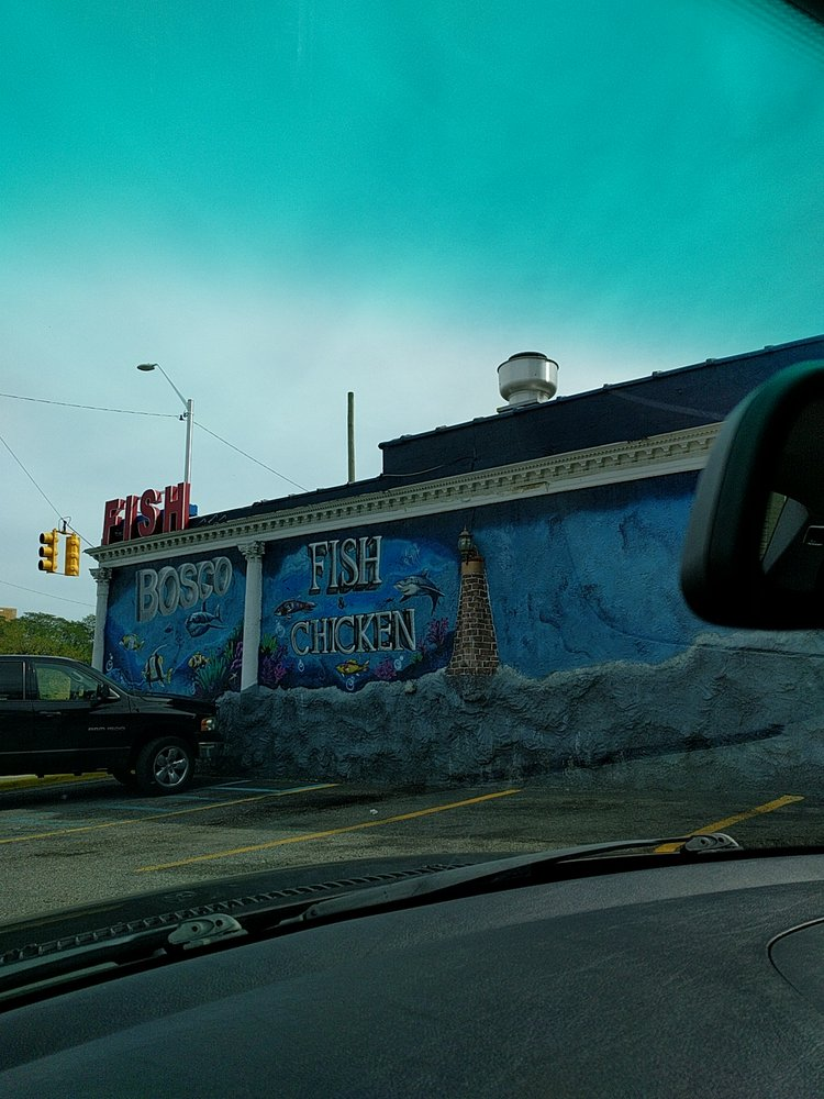 Bosco fish seafood 31 photos seafood markets 16227 for Detroit fish market