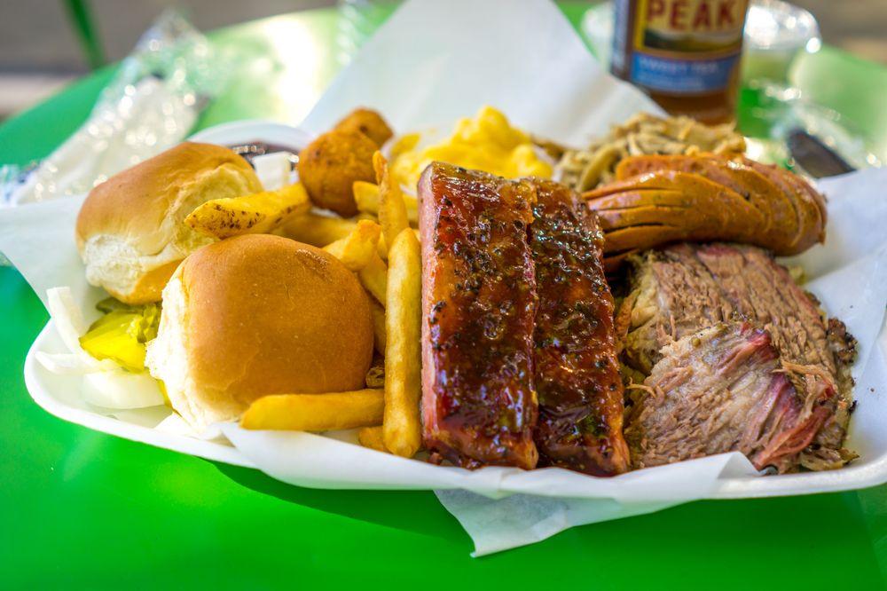 Walt Garrison BBQ Food Truck: Dallas, TX