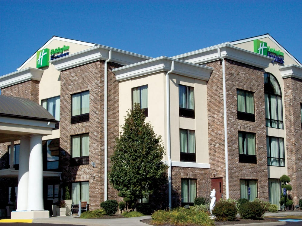 Holiday Inn Express & Suites Sharon-Hermitage: 3060 Spangler Rd, West Middlesex, PA