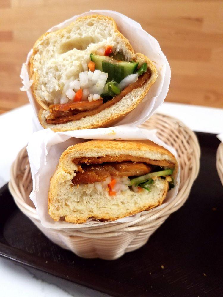 Lan Huê Sandwich & Bakery: 900 S Jackson St, Seattle, WA