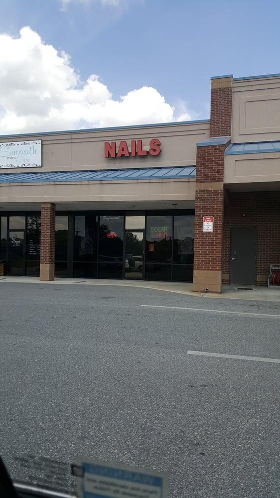 Glamour Nail: 1104 S Pierce St, Alma, GA
