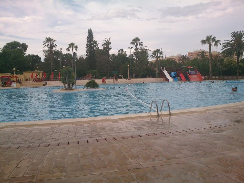 Piscina municipal aquaval swimming pools avinguda de for Benicalap piscina