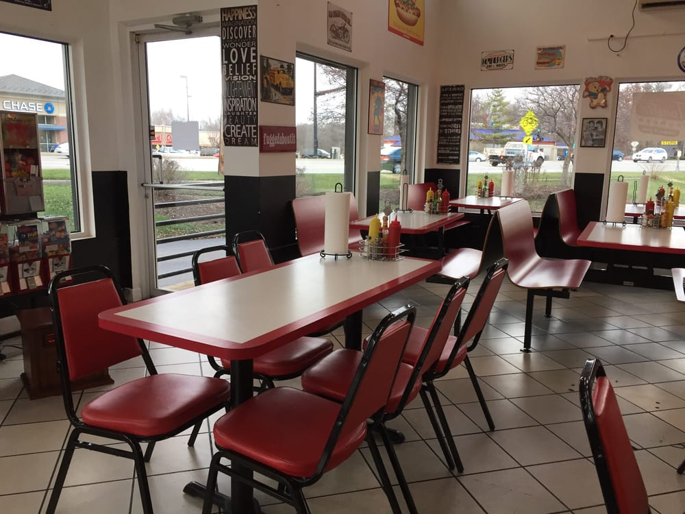 McHenry (IL) United States  city images : ... McHenry, IL, United States Restaurant Reviews Phone Number Menu