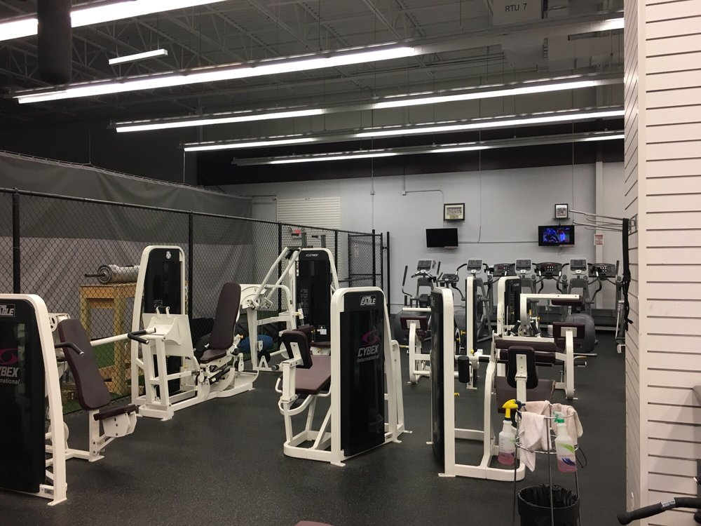 Legends of Pittsburgh Fitness: 559 Pittsburgh Mills Cir, Tarentum, PA