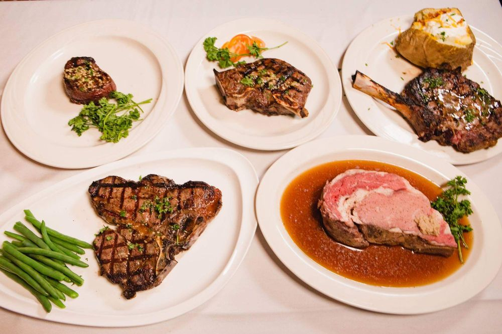Auburn City Steakhouse: 203 Main St, Auburn, IN