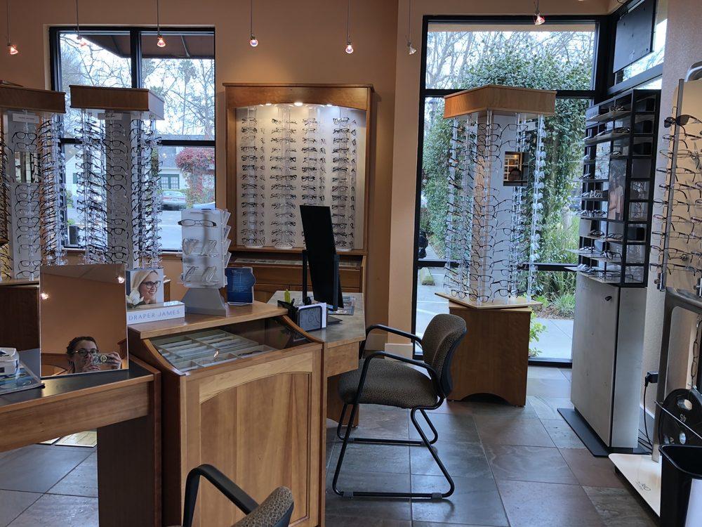 Helmus Optometry