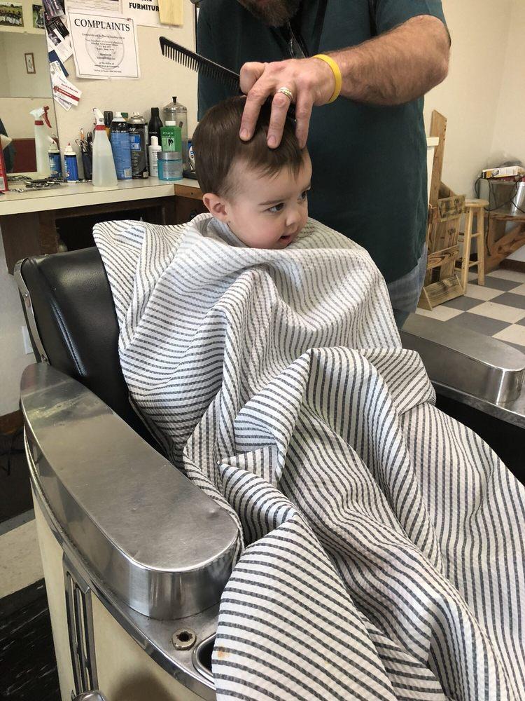 Jacob's Haircut: 1508 N Main St, Jewett, TX
