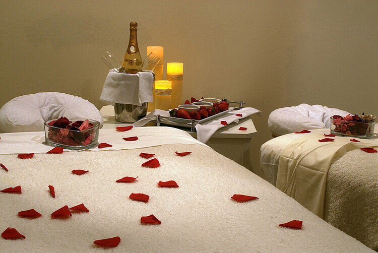 Red Wine Spa: 92-29 Queens Blvd, Rego Park, NY