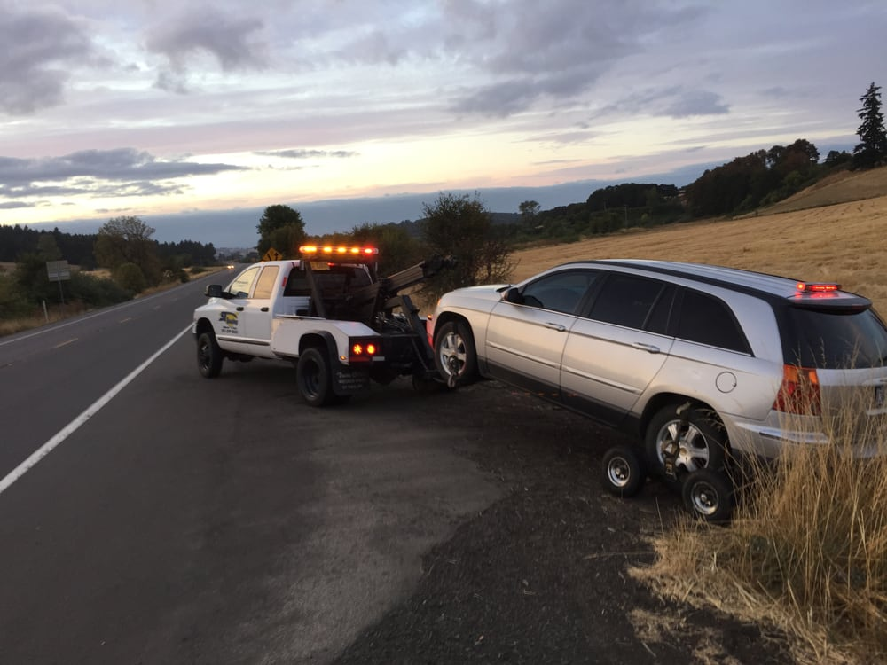3T Towing: 1400 NE 13th St, McMinnville, OR