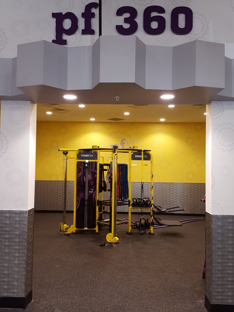 Planet Fitness - Clearwater: 11141 US Hwy 19 N, Clearwater, FL
