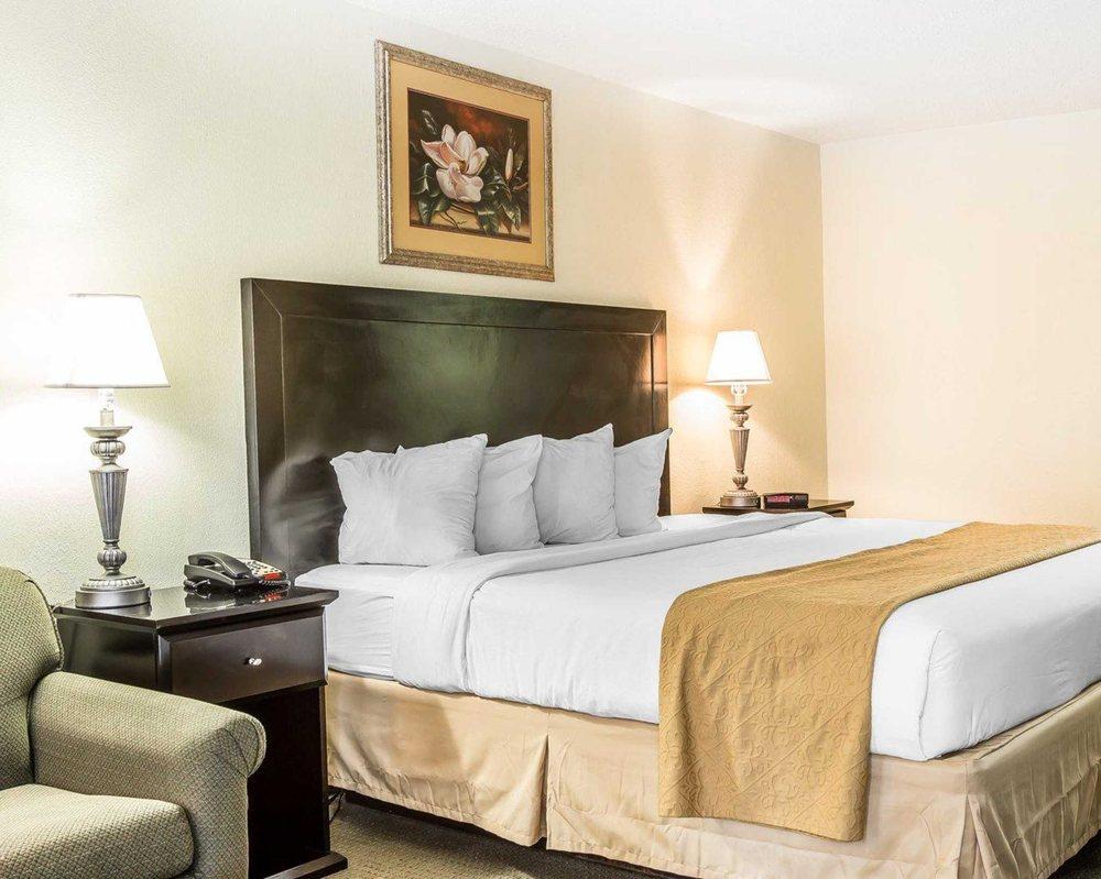 quality inn suites 25 photos hotels 230 s main st
