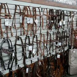 Maine Horse and Rider - Horse Equipment Shops - 5 Debeck Dr