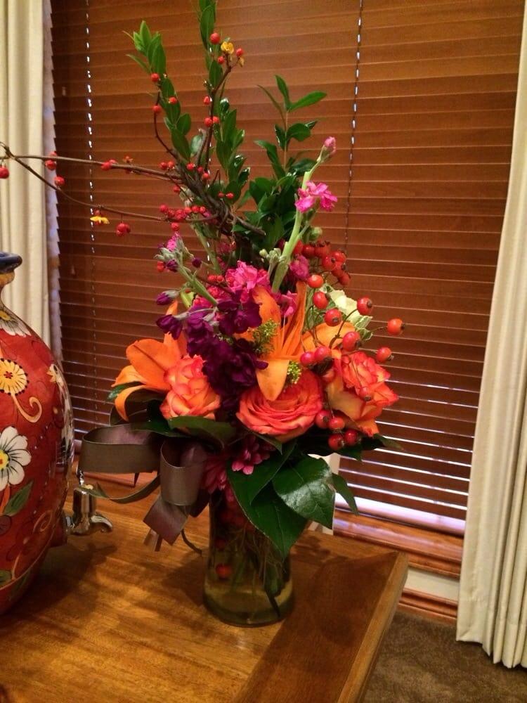 Petals: 124 W Duval St, Troup, TX